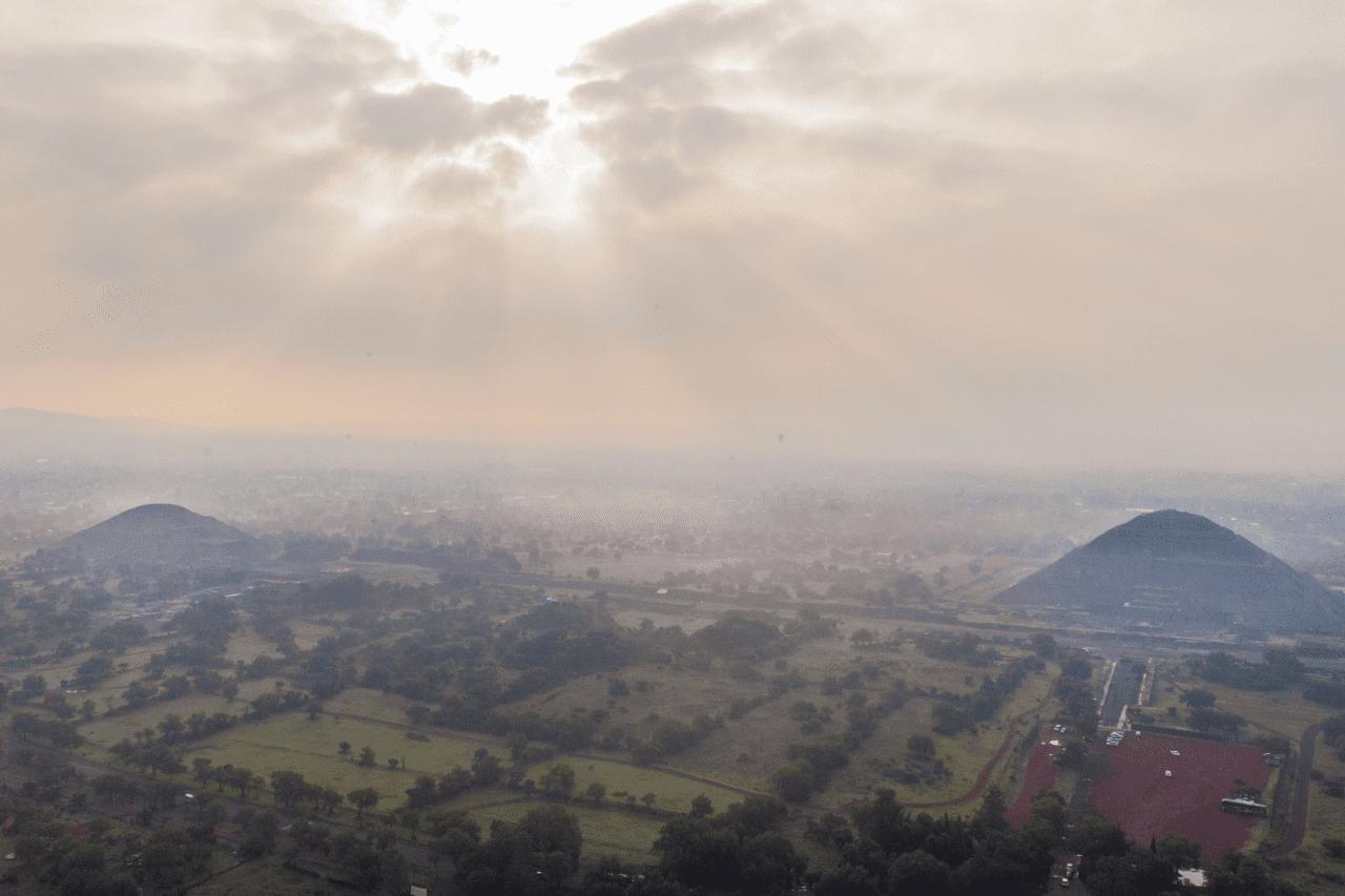 amanecer en teotihuacan